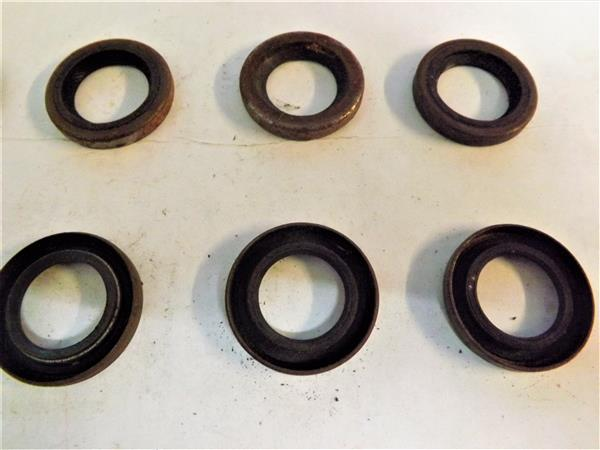 OIL SEAL 20MM X 31MM X 4MM
